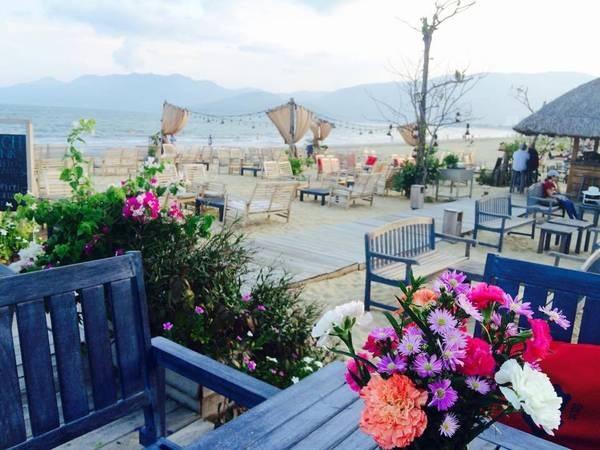 cafe bãi biển quy nhơn