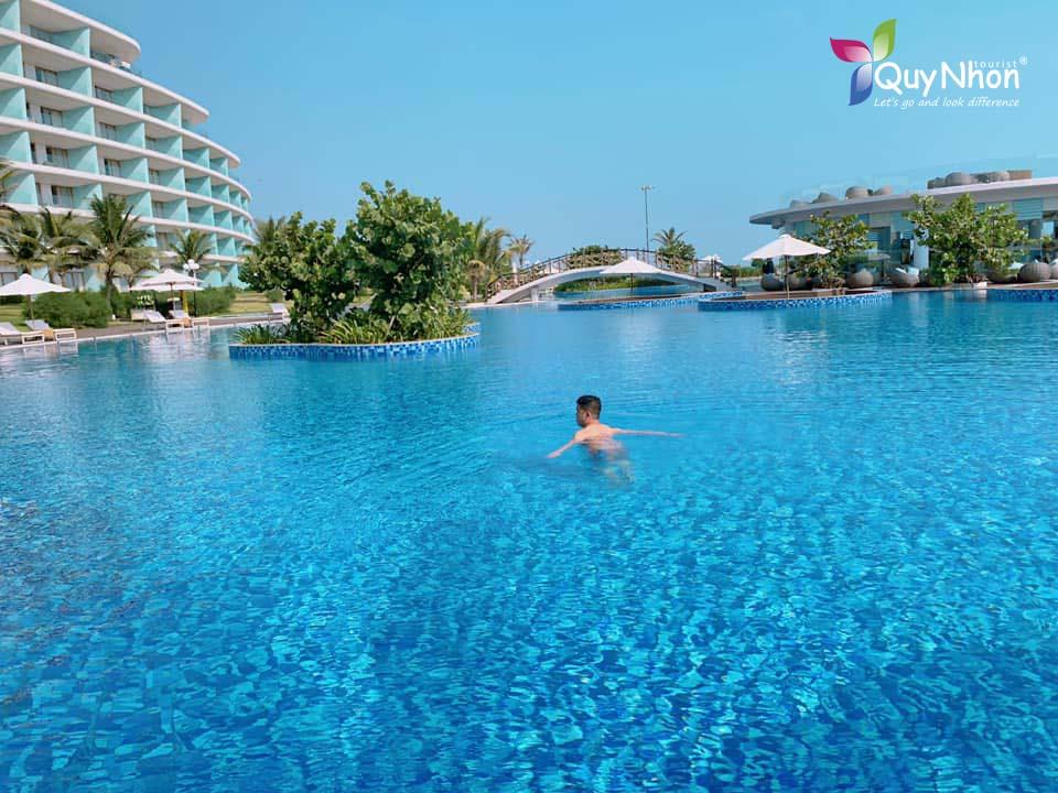 Hồ bơi FLC Quy Nhơn