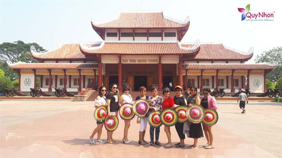 Du lịch Hầm Hô Tây Sơn