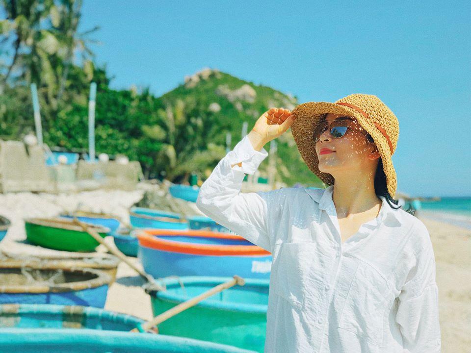 Được đến Cù Lao Xanh và đắm mình trong biển ngọc xanh mát là điều tuyệt vời nhất mùa hè này rồi đó các bạn ơi. Ảnh: Lê Quỳnh Nhi