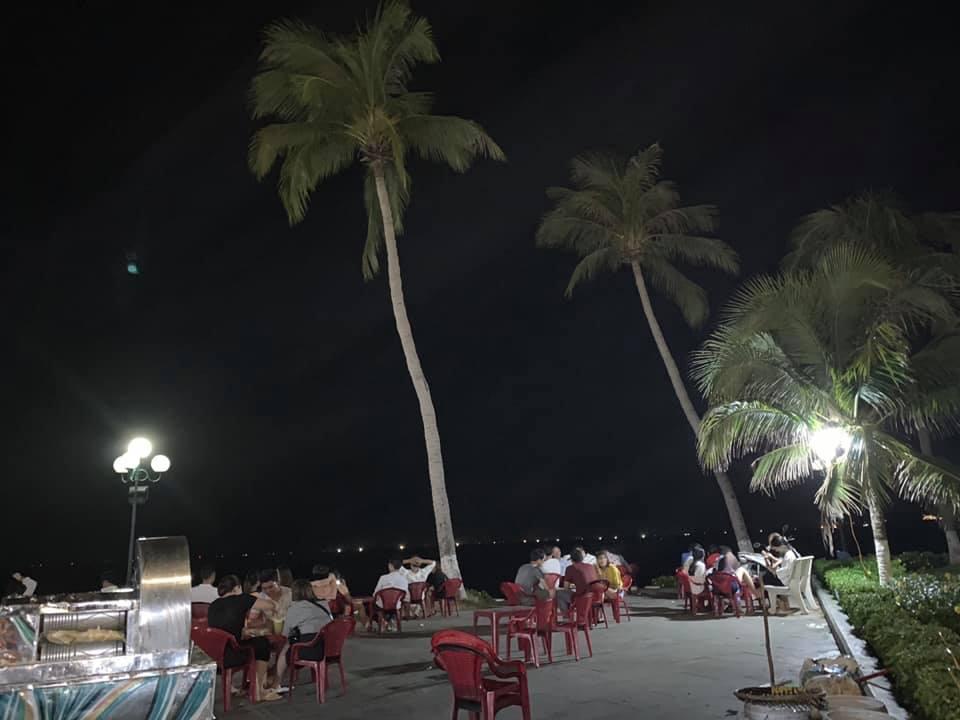 Du lịch Quy Nhơn về đêm nhất định phải ghé nơi này. Ảnh: Sưu Tầm