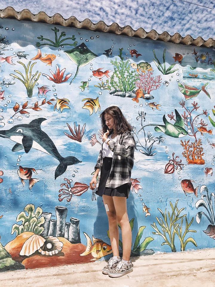 Bức tường đại dương nổi như cồn trên mạng xã hội trong những ngày qua, Ảnh: Trần Thị Thu Hương