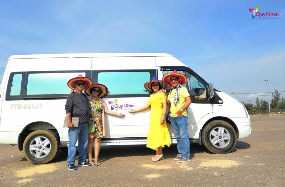 tour hòn khô kỳ co đường bộ 1 ngày - chị Huỳnh Thanh Vân