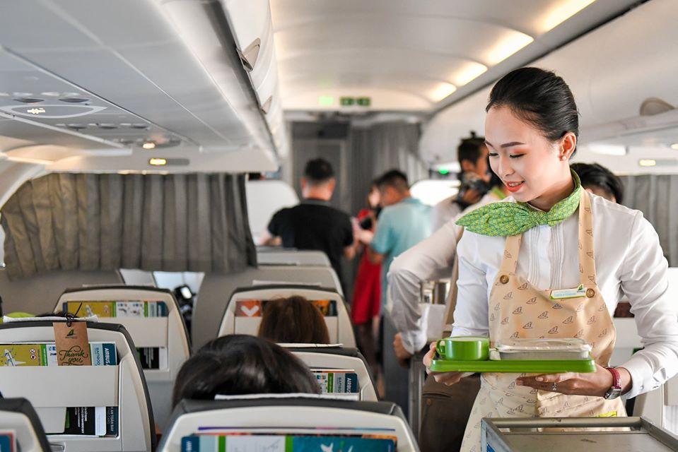 Bamboo Airways giúp hành khách tiết kiệm được chi phí và thời gian di chuyển khá nhiều so với các đường bay lớn khác. Ảnh: Bamboo Airways