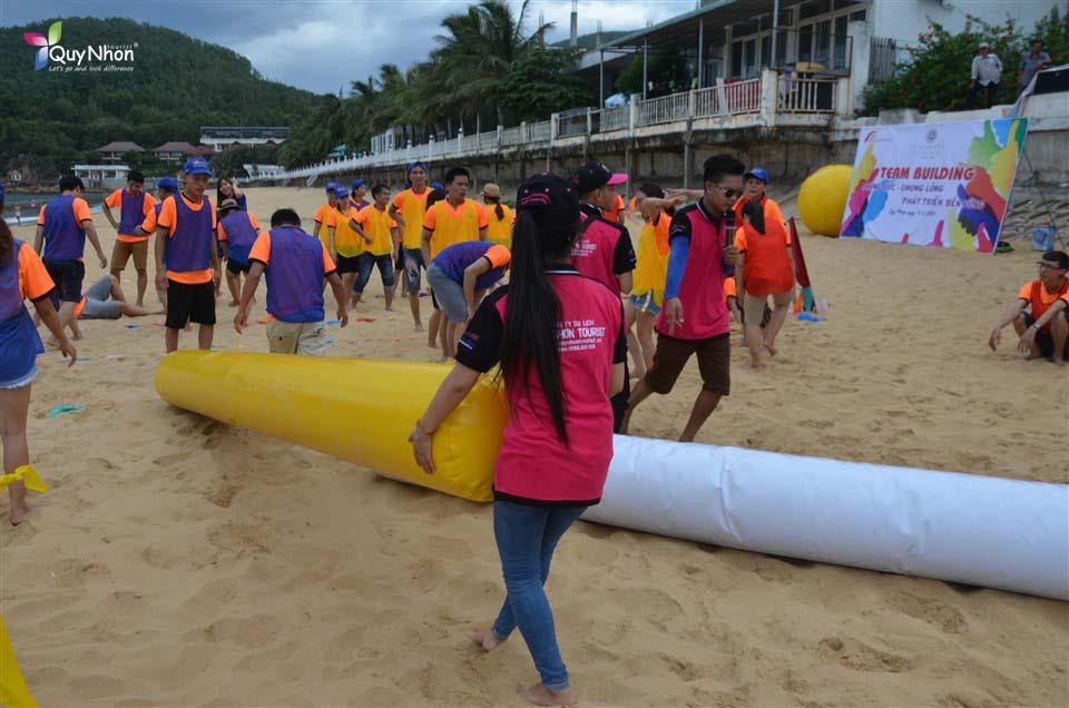 teambuilding tại bãi biển Quy Nhơn - La Siesta Resort & Spa Hội An