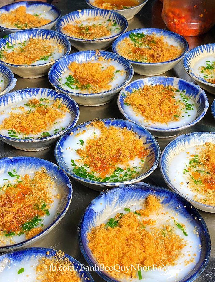 Bánh bèo là món ăn đặc trưng của người dân xứ Nẫu. Ảnh: Bánh Bèo Bà Xê