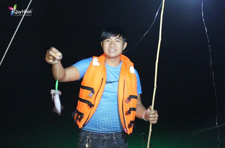 Câu mực đêm tại Quy Nhơn