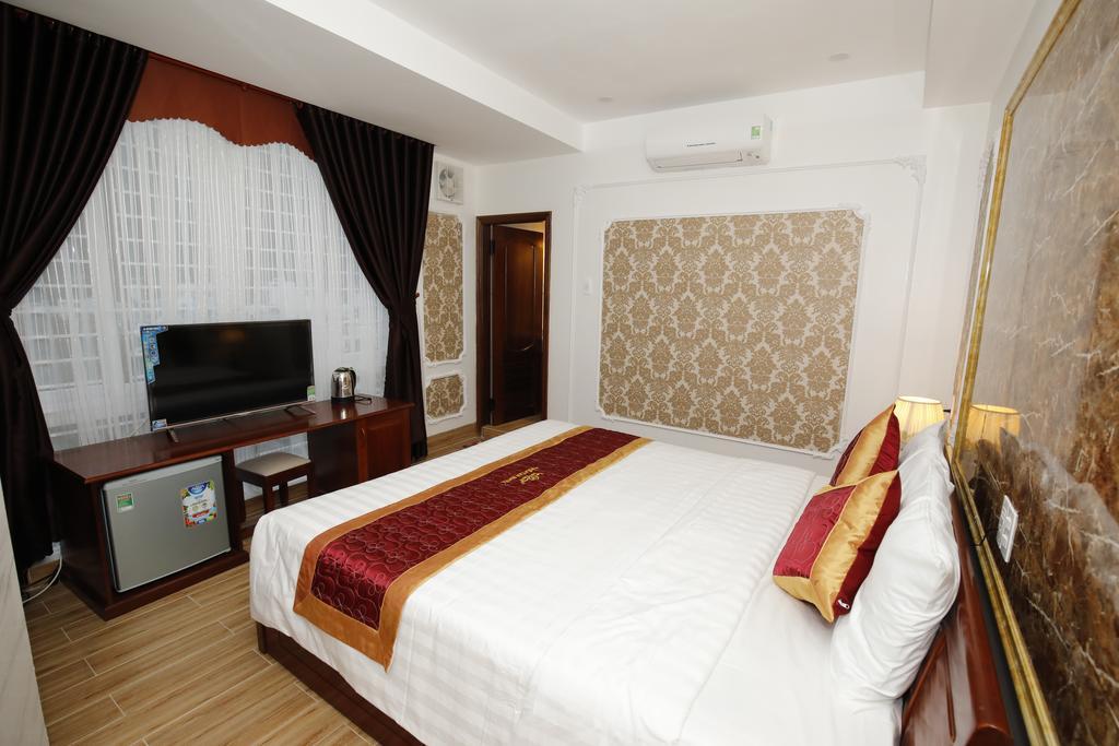 Khách sạn Quy Nhơn 3 sao được thiết kế theo kiến trúc phương Tây nhưng vẫn mang trong mình nét truyền thống của Á Châu - Ảnh: Sưu Tầm