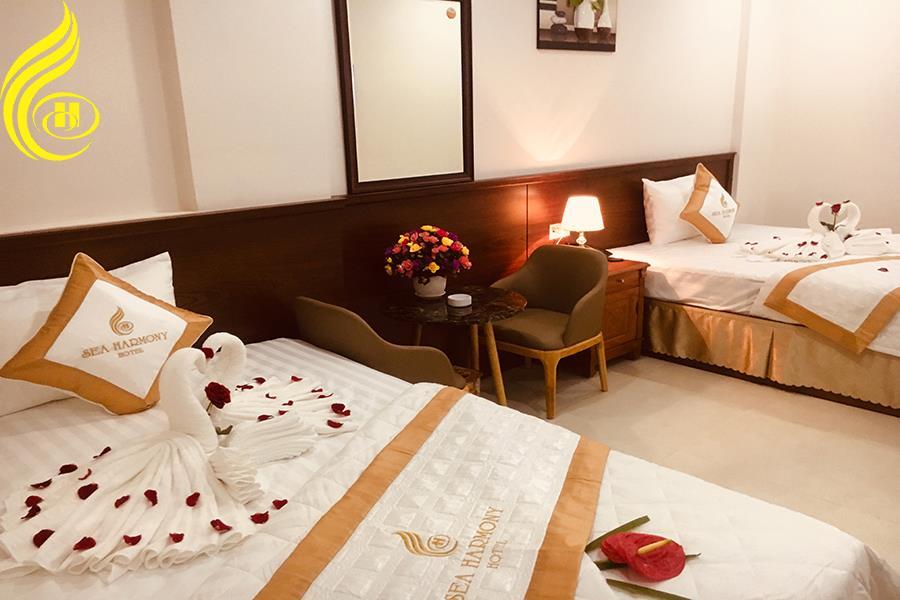 Phòng ốc ở đây được bài trí rất ấm áp, lãng mạn và tiện nghi - Ảnh: Sea Harmony