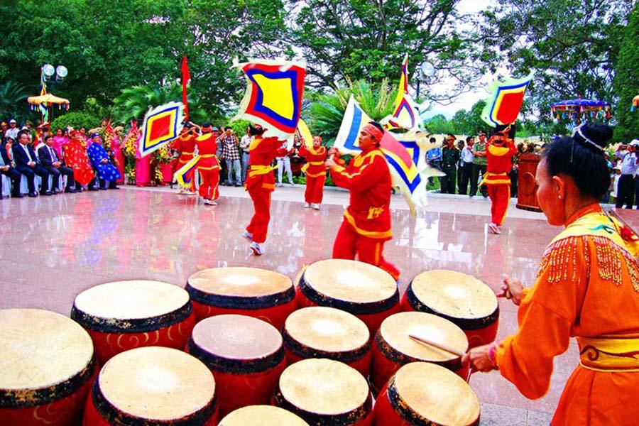 trống trận và múa võ Tây Sơn