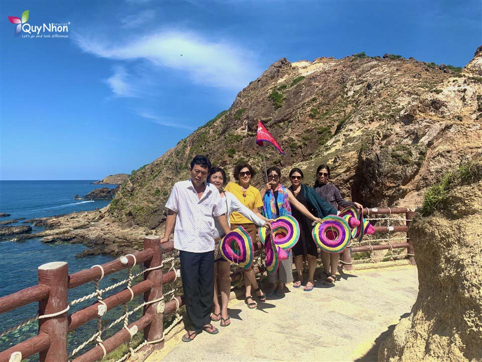 tour ghep ky co eo gio quy nhon - duong thuy ha