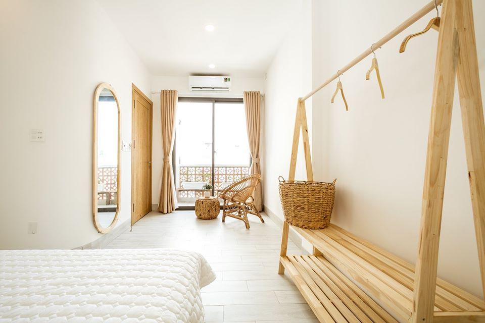 Căn phòng ôm trọn ánh nắng biển - Ảnh: Maza Maja Homestay