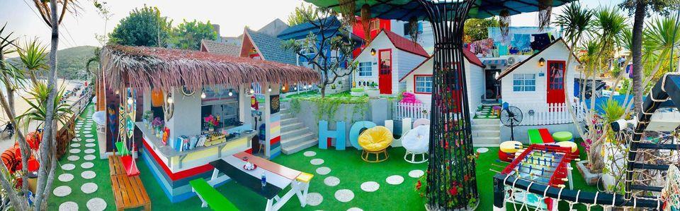 """Một homestay với đủ màu sắc đáng yêu cùng tầm nhìn trước mặt là biển """"chill cực chill"""" - Ảnh: La Beach House"""