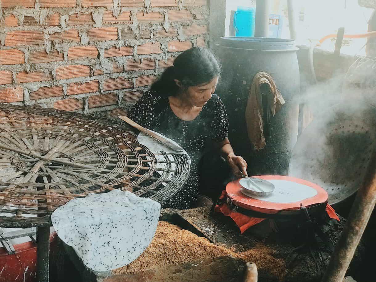 Làng nghề Bánh Tráng Trường Cửu Bình Định