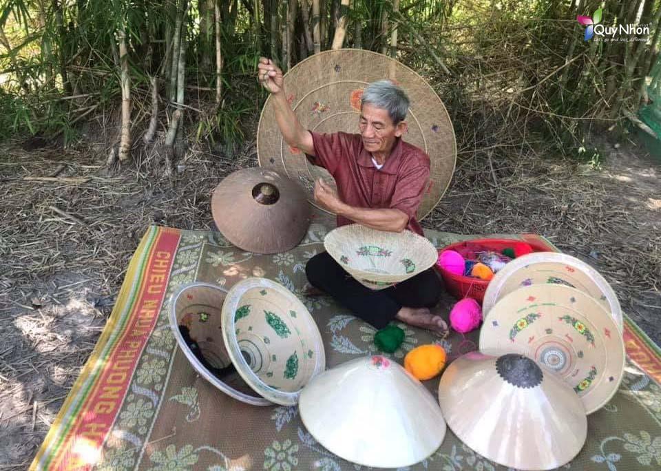 làng nghề nón ngựa Phú Gia Bình Định