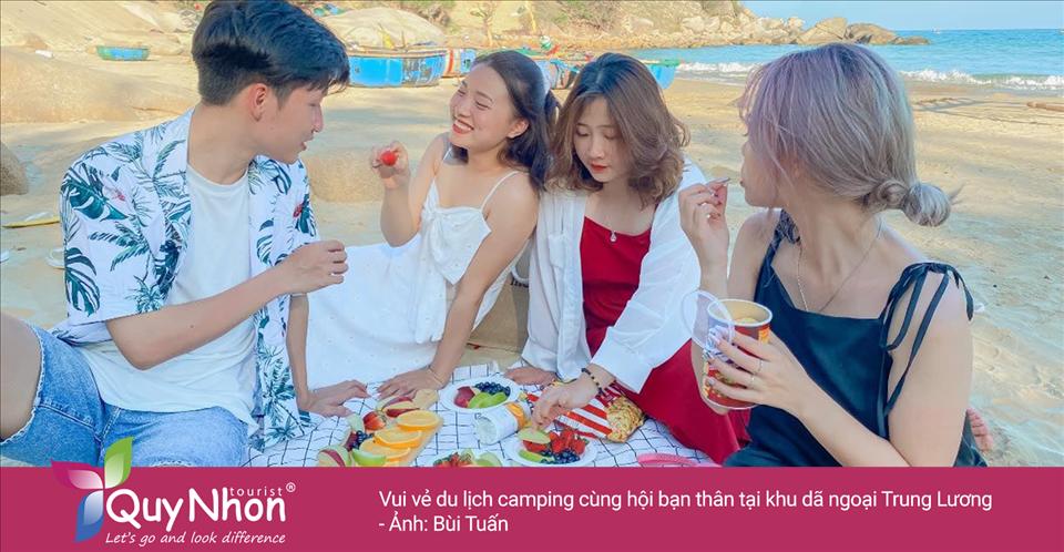 Vui vẻ du lịch camping cùng hội bạn thân tại khu dã ngoại Trung Lương - Ảnh: Bùi Tuấn
